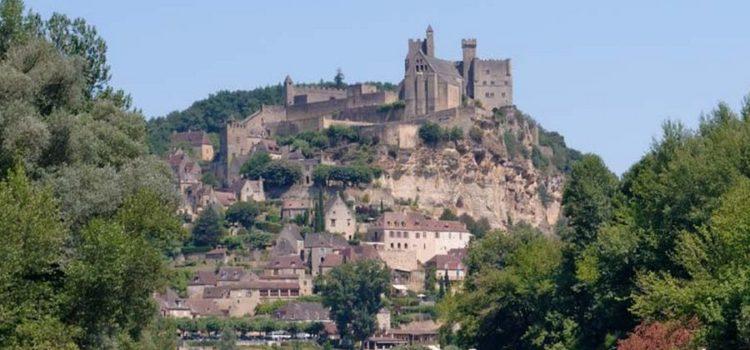 Descente en canoë sur la Dordogne en famille : pourquoi pas ?